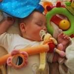 Faire dormir bébé avec une chanson douce